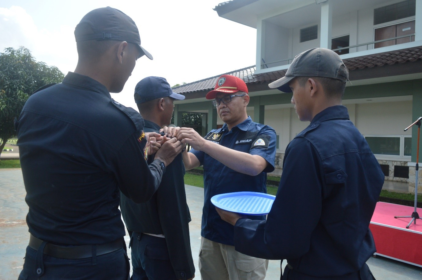 Pelepasan tanda siswa dan penyematan Pin Gada Pratama